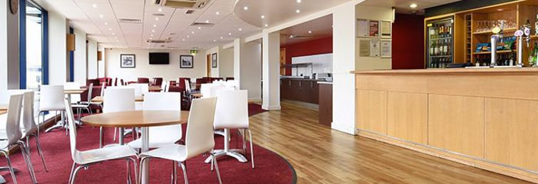 Restaurant at the Travelodge London City Airport